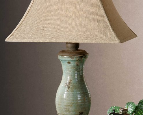 Andele Distressed Lamp