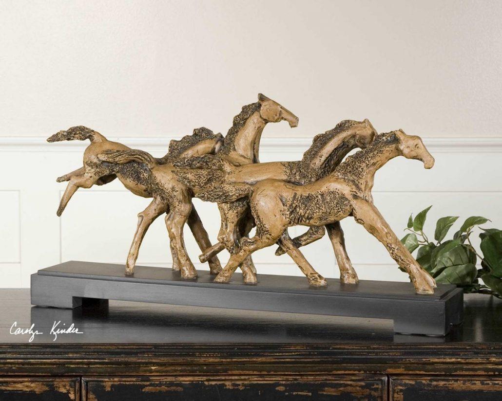 wild horses sculpture